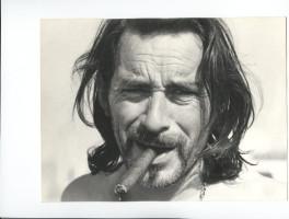 Portrait de Pierre Boulet avec un cigare en bouche